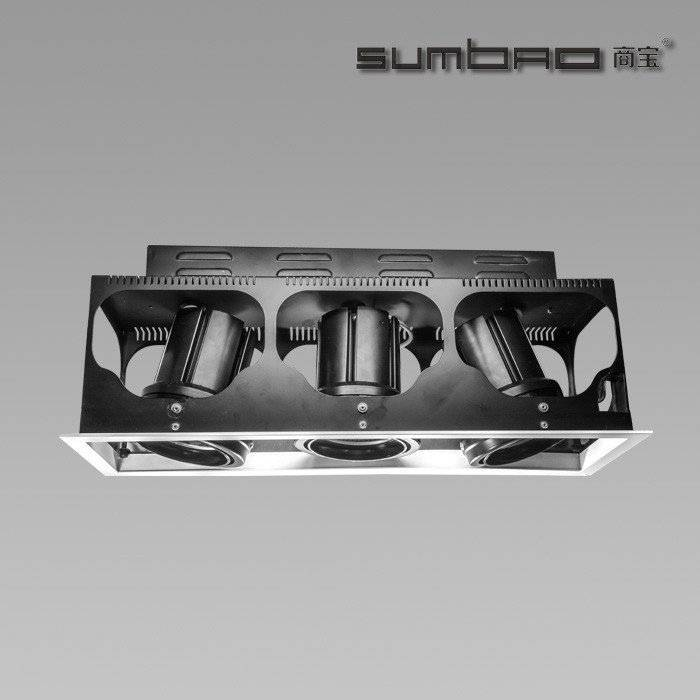 DW030-3 SUMBAO专业多头方形修剪嵌入式24W / 30W高端零售店射灯